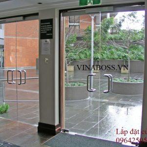 Cửa kính vinaboss